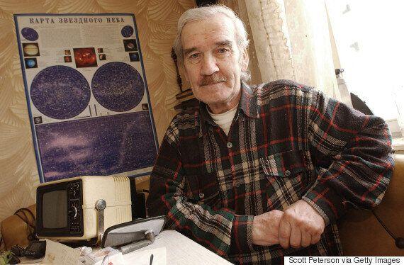 인류를 핵 전쟁에서 구했던 소련 중령 스타니슬라프 페트로프가