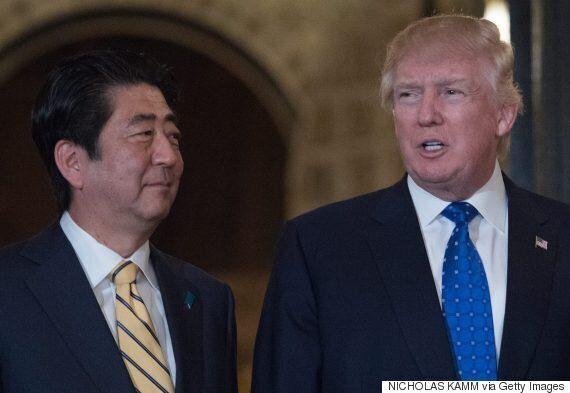 뉴욕타임스가 '문재인 대통령, 트럼프·아베한테 왕따 당할 것'이라고