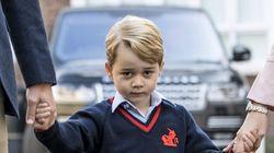 영국 조지 왕자가 첫 등굣길에