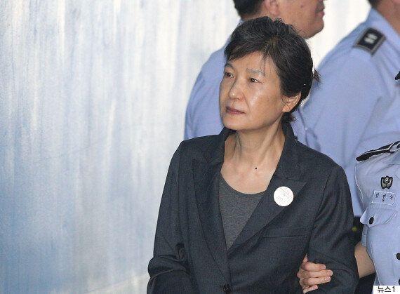 박 전 대통령, '건전애국영화 50억원 지원'