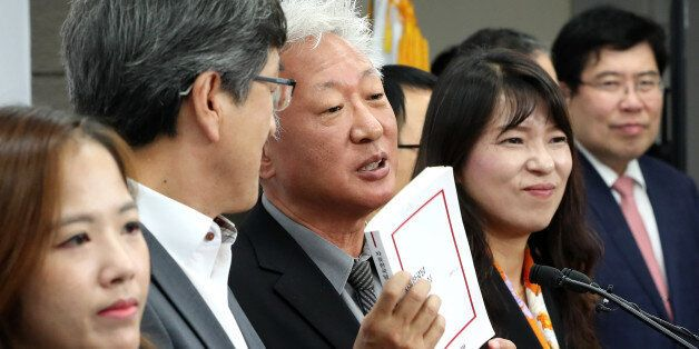 탈당 권유 당한 자유한국당 '친박' 의원들이 발끈하고
