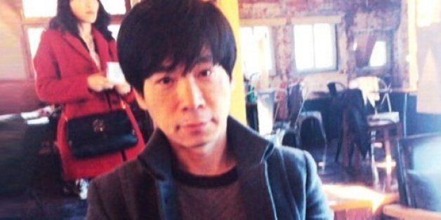 '미성년 제자 성폭행' 배용제 시인에 징역 8년이