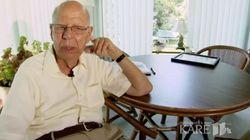 아내와 사별한 94세 남성이 외로움을 달래는