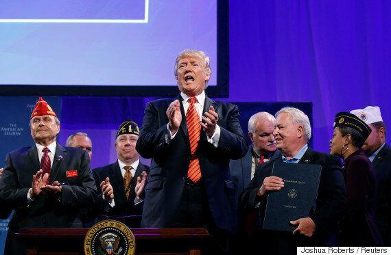 도널드 트럼프가 갑자기 '통합'을 강조하며 모두를 어리둥절하게