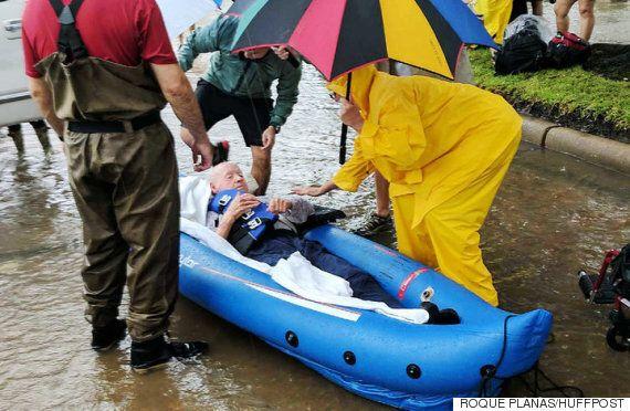美 휴스턴의 책임자들이 주민 통보 없이 저수지의 물을