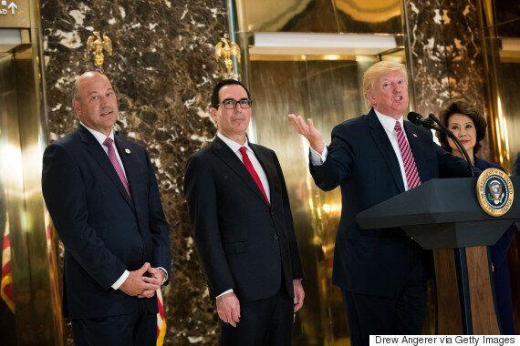 트럼프 측근들도 트럼프의 '백인우월주의 옹호'에 '분노'했다고 한다.