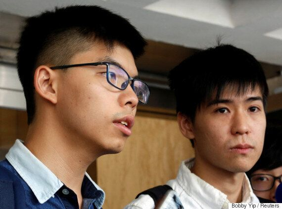 홍콩 법원이 '우산 혁명'의 주역 조슈아 웡 외 2명에게 실형을