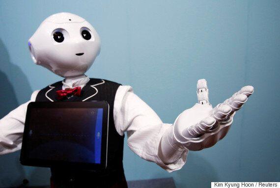 일본에서 장례식 진행을 위한 승려 로봇이