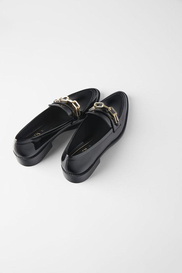 Les mocassins Zara: 45,90$