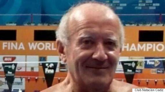 국제수영대회에서 일부러 1분 늦게 출발한 선수의