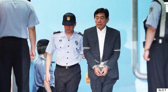 '국정원 댓글 공작'이 특별히 추악한 여론조작인