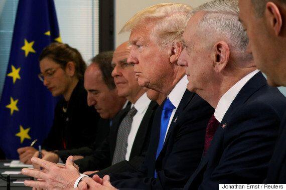 맥마스터는 '아프가니스탄 추가파병'을 설득하기 위해 트럼프에게 이런 사진을