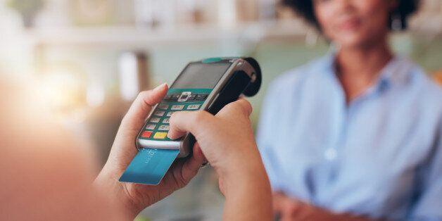 해외서 신용카드 600달러 이상 쓰면 관세청에 즉시