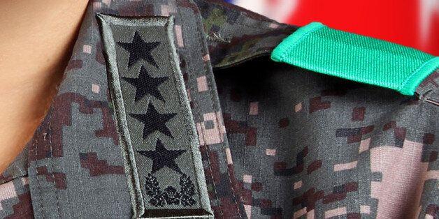 육군이 독식해왔던 합참의장에 공군 출신이 내정됐다 (4성장군