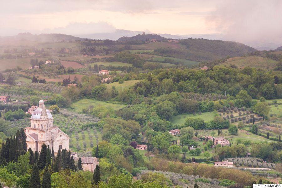 죽기 전에 꼭 가봐야 할 이탈리아의 언덕 마을
