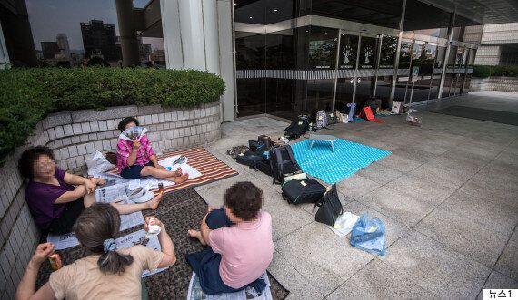 폭염에도 삼성 직원들과 박사모 회원들이 치열한 경쟁을 벌인