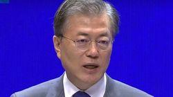 문대통령이 광복절 경축사에서 '한일관계의 발전을 위한 일본의 책임'을