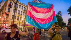 Alvo de Bolsonaro, cota para trans em universidades pode ter resposta do