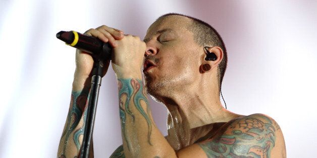 LONDON, ENGLAND - JULY 03: Chester Bennington of Linkin Park performs at The O2 Arena on July 3, 2017...