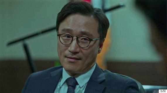 [허프인터뷰] 드라마 '비밀의 숲'의 강부장, 아니 강검사장 배우 박성근을