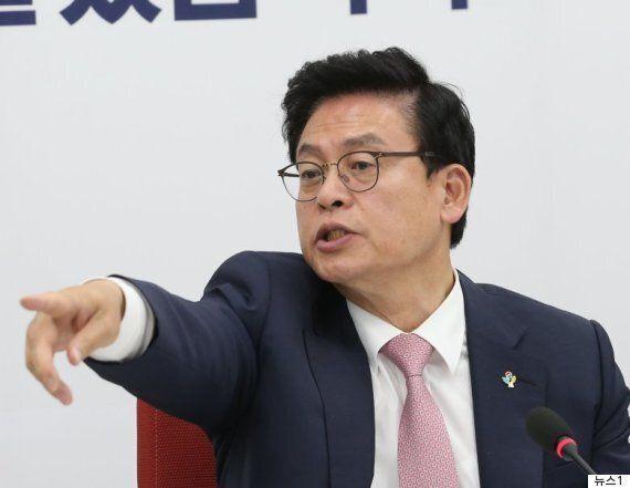 한국당을 제외한 3당이 오늘 추경 처리를 위해 '국회 대기' 중인 긴박한