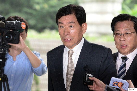 검찰이 '대선개입' 원세훈 전 국정원장에게 징역 4년을