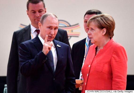 메르켈은 푸틴과의 대화가 마음에 안 들었던 게 분명하다