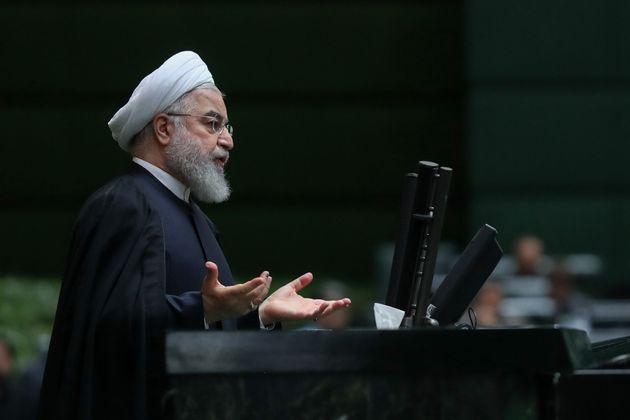 Nucléaire: L'Iran abandonne toute limite en recherche et développement (ici Hassan Rohani,...