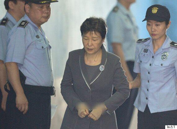 국제앰네스티가 박근혜 지지자들의 주장을 반박하는 입장을 내야만 했던