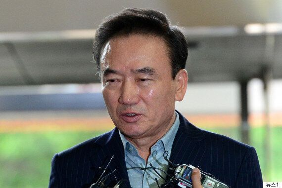 최호식 '호식이 두마리 치킨' 전 회장이 여직원 성추행 혐의를