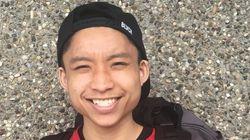 펜 들고 있던 아시아계 미국인 학생이 경찰에