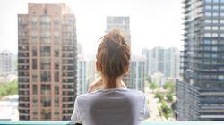 여성 1인 가구 10명 중 6명의 월평균