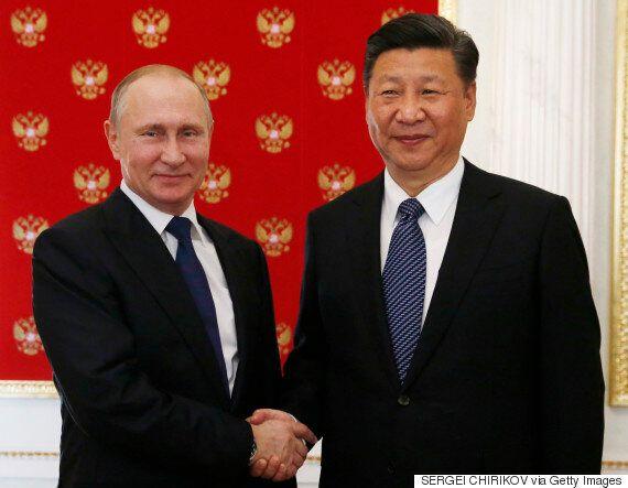 시진핑이 '러시아와 함께'라며 '사드 배치 철회'를