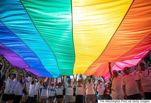 크리스천이라면 모두 LGBT+ 섹슈얼리티와 젠더를 인정하고 지지해야