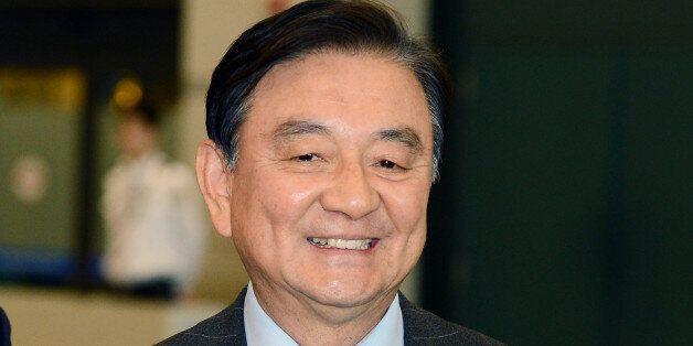 홍석현 대통령 통일외교안보특보가 사의를