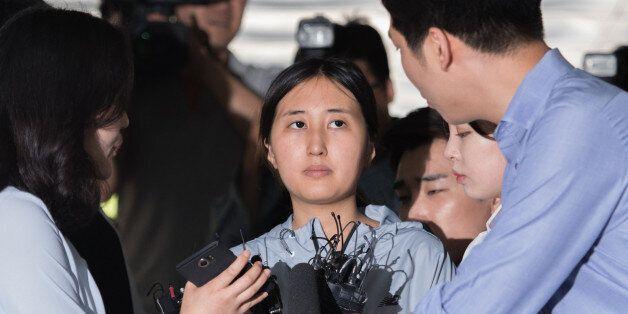 검찰은 정유라가 '삼성 말 세탁'을 은폐하는 데 개입했다고