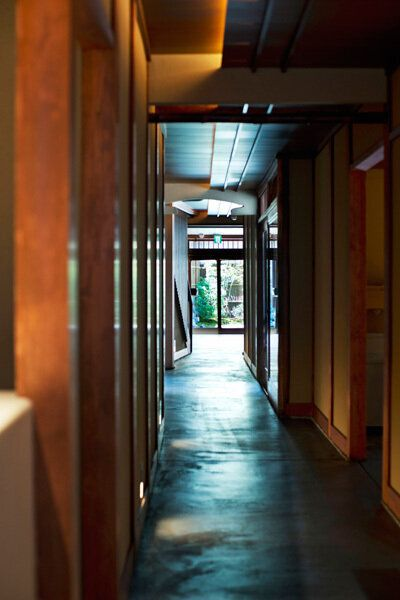 일본 교토에 100년 된 집을 개조한 스타벅스가