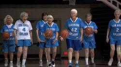 평균 나이 80세 농구팀이 코트를