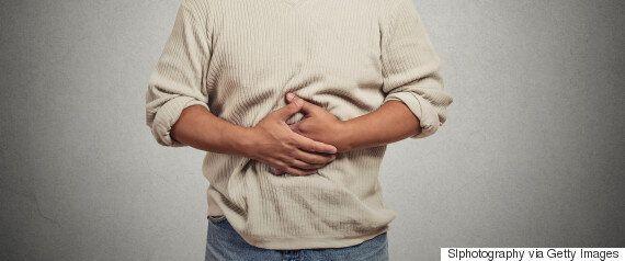 평생 만성변비에 시달린 남성의 몸에서 절제한 결장은 거대했다(사진