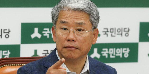 국민의당 김동철 '외교부 적격 후보 국회로 보내주면 빨리 임명되도록