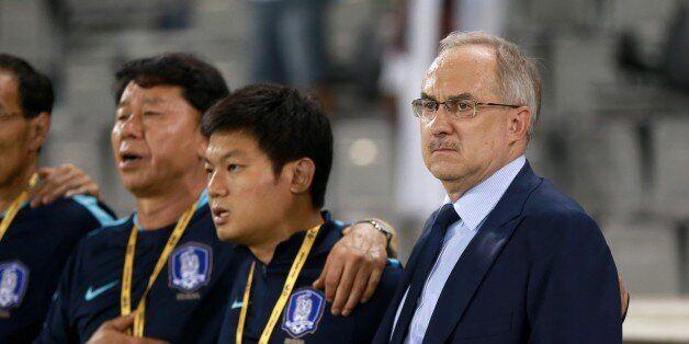 DOHA, QATAR - JUNE 13: Head Coach of South Korea National Team Uli Stielike gestures before the 2018...