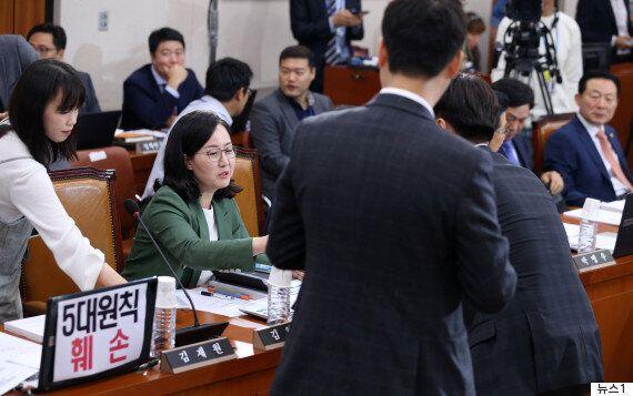 '이낙연 찬성표' 던진 한국당 의원이 오늘도 홀로 '항의 피켓' 달지 않은 이유(사진