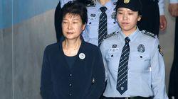 박근혜 측 변호인, '주 4회 재판 철회'를