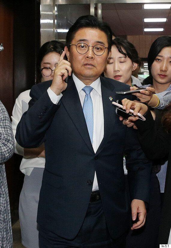 전병헌 靑 수석은 무척이나 바쁜 금요일을 보냈다(사진