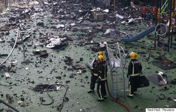 런던 아파트 화재 피해자들이 전하는 현장은