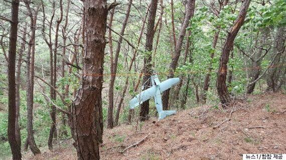 강원도 인제 야산에서 발견된 '소형비행체'의