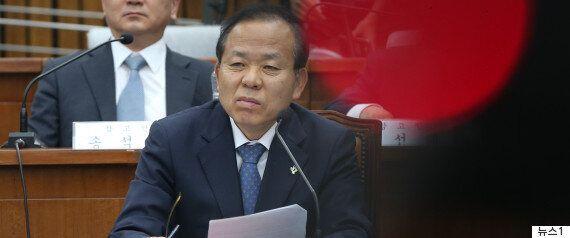 진선미가 야당 의원들에 한 가지 기대를