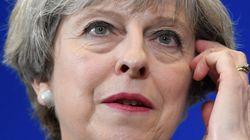 英 집권 보수당, 조기 총선에서 '과반 의석