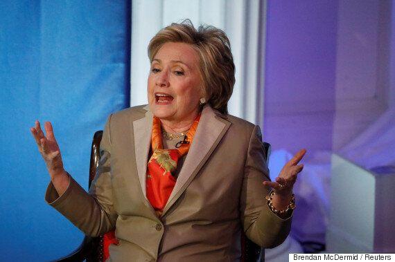 힐러리 클린턴이 대선 패배의 이유로 FBI와 DNC, 뉴욕타임스, 러시아·트럼프를