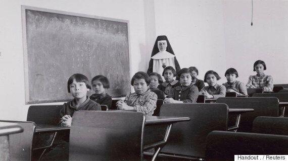 캐나다 트뤼도 총리가 프란치스코 교황에 가톨릭의 '원주민 강제수용' 과거에 대해 사과를